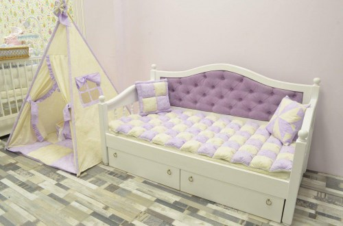 Кровать Милана из массива