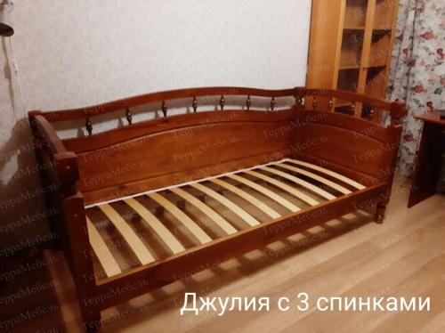 Кровать Джулия с 3-мя спинками из массива