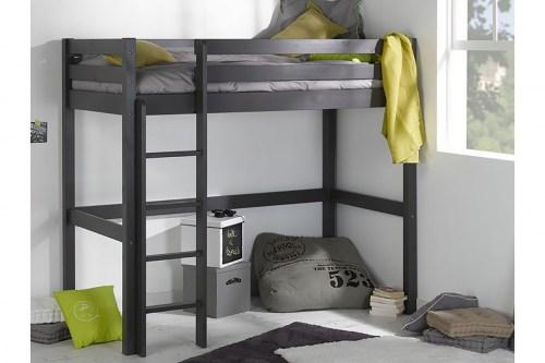 Кровать-чердак классика из массива