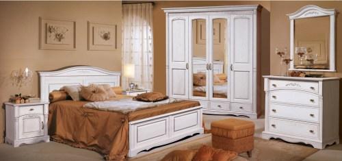 Спальня Паола 11 из массива